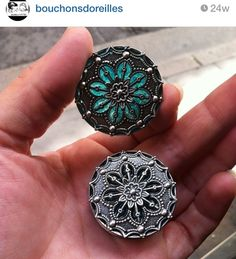 Intricate detailed plugs. Gauges.