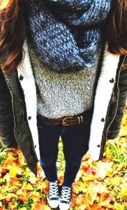 #fall #fashion / knit layers + jacket. I like the gray sweater and the belt.