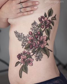 "1,318 likerklikk, 5 kommentarer – Olga Nekrasova (@fflowerporn) på Instagram: ""Apple blossoms with white lilac for Maria Thanks for sitting so well three days in a row! #tattoo…"""