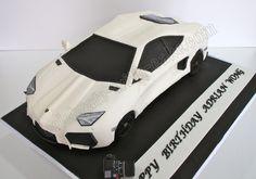 White and Gold Wedding. Celebrate with Cake! My son would LOVE this cake! Lamborghini Aventador, Carros Lamborghini, Car Cakes For Men, Cakes For Boys, Car Cake Tutorial, Fantasy Cake, Creative Cakes, Celebration Cakes, Cake Art