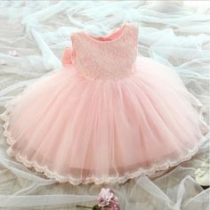 2017 new 1 to 8 years girls ball gown formal dress girls princess dress for performance wedding pink white lace dress with bow Princess Flower Girl Dresses, Lace Flower Girls, Little Girl Dresses, Girls Dresses, Baby Flower, Lace Flowers, Birthday Girl Dress, Birthday Dresses, Wedding Party Dresses