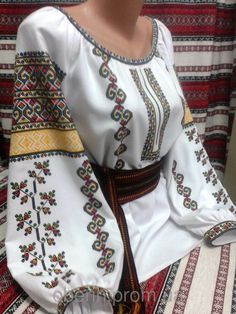 Embroidery On Kurtis, Folk Embroidery, Learn Embroidery, Embroidery Patterns, Folk Fashion, Womens Fashion, Cross Stitch Rose, Baby Vest, Embroidered Clothes