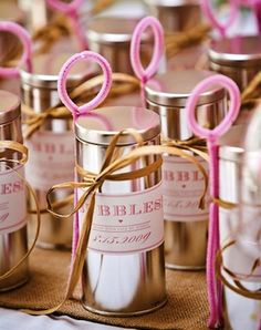 We think these pink bubbles would look awesome at a princess party. Audrey's Pink Birthday + DIY Bubbles Diy Wedding Favors, Party Favors, Wedding Gifts, Wedding Ideas, Wedding Blog, Diy Favours, Shower Favors, Wedding Tokens, Bridesmaid Favors