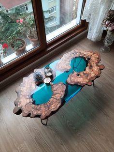 Diy Resin Table, Epoxy Wood Table, Epoxy Resin Table, Epoxy Resin Art, Diy Resin Art, Diy Resin Crafts, Wood Table Design, Resin Furniture, Wood Slab