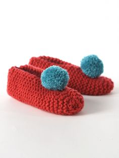 Men's & Lady's Slippers   Yarn   Free Knitting Patterns   Crochet Patterns   Yarnspirations