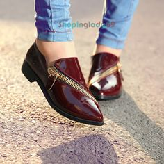 Pointy Toe Patent Leather Low Heel Retro Zipper Shoes