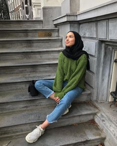 Khaoula wears ClosedA scarf is the most essential part within the clothes of females using hijab. Modest Fashion Hijab, Modern Hijab Fashion, Street Hijab Fashion, Casual Hijab Outfit, Hijab Fashion Inspiration, Hijab Chic, Muslim Fashion, Fashion Outfits, 2000s Fashion