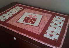 monthly quilted placemat patterns | ... resurrect a placemat tutorial that is an oldie but a goodie