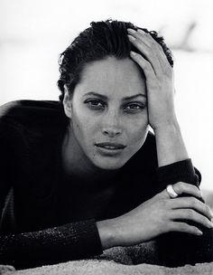 O Peter Lindbergh φωτογραφίζει αληθινές γυναίκες -όχι Barbies του φώτοσοπ | TEXNΕΣ | ΤΕΧΝΕΣ | Lightbox | LiFO