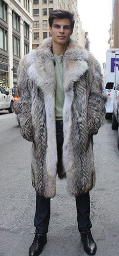 Men's Coyote Fur Coat…