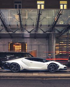 😈 Would you drive this Lamborghini? 🔥 Centenario 📷: by Motors Lamborghini Miura, Lamborghini Diablo, Audi, Porsche, Supercars, Kaffee To Go, Rolls Royce, Ferrari, Bugatti Cars