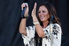 Sara Evans is a woman of strong opinions, and during her recent visit to Taste of Country Nights radio, she didn't hold back.