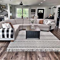 Living Room Sofa Design, Living Room Goals, Cozy Living Rooms, Home Living Room, Living Room Designs, Apartment Living, Cozy Apartment, Living Room Remodel, Living Room With Rug