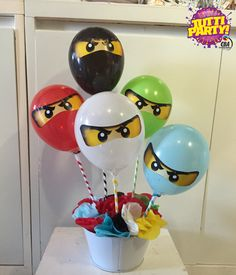 Ninjago centerpieces, ni hago party decorations, ninjago balloons. www.tuttiparty.mx