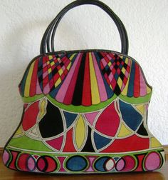 Beautiful bag online for girls Vintage Purses, Vintage Bags, Vintage Handbags, Vintage Outfits, Bags Online Shopping, Online Bags, Emilio Pucci, Vintage Accessories, Fashion Accessories