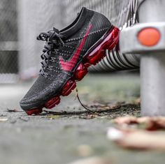 Nike Air Vapormax Flyknit Shoes Nike Adidas, Sneakers Nike, Kicks Shoes, Men's Shoes, Nike Air Vapormax, Basketball Shoes, Nike Free, Men's Outfits, Casual Outfits