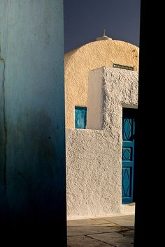 A glance at Santorini--wonderful juxtaposition of shapes and textures. <3