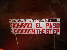 A falta de años de tomar fotos por México, este sitio me hizo reir inspirada por el humber de dos amigos. Lost In Translation, Teaching Spanish, Out Loud, Humor, Funny, Random Thoughts, Google, Style, Stall Signs