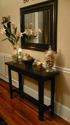 Check it out Entry table/hallway ! My hallways and … The post Entry table/hallway Love it! My hallways and appeared first on Home Decor Designs Trends . Decor, Foyer Decor, Foyer Decorating, Entryway Decor, Home Decor, House Interior, Room Decor, Diy Console Table, Home Deco