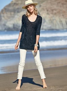 Our laid-back tunic is fine gauge knit of pima (70%) and linen (30%), overdyed then acid washed for a weathered denim look. With ¾-dolman sleeves; ribbed trim.