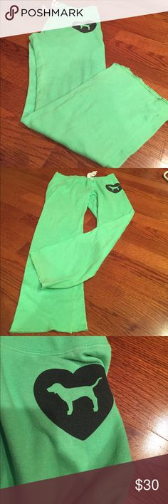 "Victoria secret sweatpants boot cut Green Victoria secret bootcut sweat pants in perfect condition besides a bleach stain on the inside by the tag- and one on the outside by the waist and as well. Not noticeable when wearing. & has ""love pink"" on the butt PINK Victoria's Secret Pants Boot Cut & Flare"