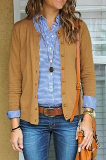 I like this color sweater!