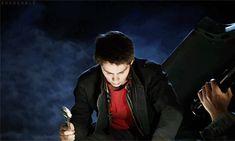 Stiles fixing Roscoe - Teen Wolf S4E1 - Lydia helping Tumblr
