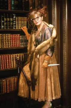 Eileen Brennan in Clue / Cluedo 1985 Clue Costume, Detective, Eileen Brennan, Private Benjamin, Clue Movie, Cluedo, Clue Party, Clue Games, Peacock Costume