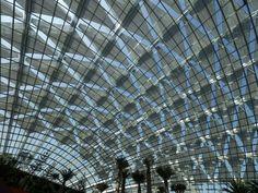 Resultado de imagem para gardens by the bay singapore deployable structures