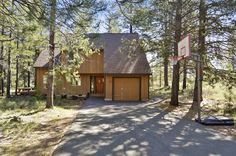 Relax in this 2 story Sunriver home. (1244+/- sq. ft.). Located just a short…
