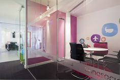 120319LIV 008 700x466 Check Out the Offices of LivingSocial UK