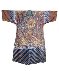 A brown-ground 'nine dragons' silk robe Late Qing Dynasty