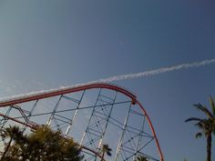 This rollercoaster that appears to have launched into space. | 47 Photos That Will Please You More Than They Should
