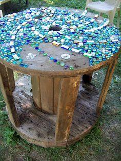 Mosaic Garden Art, Mosaic Art, Mosaic Glass, Mosaic Tiles, Stained Glass, Mosaic Birdbath, Pebble Mosaic, Wood Mosaic, Tiling