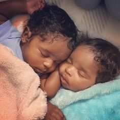 Ashton and Aiden - 3 months old ❤ Astonishingly precious identical twin baby boys Cute Black Babies, Beautiful Black Babies, Beautiful Children, Little Babies, Cute Babies, Black Twin Babies, Black Twins, Black Baby Boys, Brown Babies