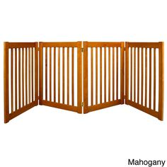 Built to span large or small open areas, Highlander Series modular gate brings all new functionality to pet gates. With four panels, this gate is the perfect way to keep your pets or children in sight and safe.
