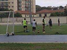 BotafogoDePrimeira: Ainda sem Carli e João Paulo, Bota retoma os trein...