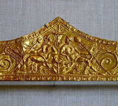 Gold Diadem featuring Dionysos and Ariadne from a tomb at ancient Greek city of Madytos on the European side of the Hellespont. 330-300 BC. Metropolitan Museum of Art in New York