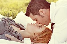 engagement picture (love the sweetness of this picture)