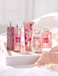 Bath Body Works' Signature Collection – Pink Cashmere Kiss your skin with a cloud-like new fragrance that will send you straight to heaven. Introducing Bath Body Works' newest… Bath Body Works, Bath And Body Works Perfume, Bath N Body, Perfume Glamour, Candy Perfume, Tips And Tricks, Bath And Bodyworks, Body Mist, Skin Products