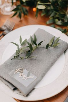 13 Creative Wedding Place Card Ideas 13 Creative Wedding Place Card Ideas - simple wedding place setting idea with gray napkins and greenery SHE Luxe Wedding. Luxe Wedding, Wedding Tips, Trendy Wedding, Elegant Wedding, Wedding Planning, Dream Wedding, Wedding Day, Wedding Greenery, Wedding Flowers