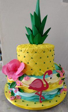 Hawaii Birthday Party, 10th Birthday Parties, Hawaiian Birthday Cakes, Birthday Fun, Flamingo Cake, Flamingo Birthday, Watermelon Birthday, Flamingo Party, Luau Cakes