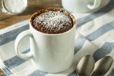 Savory magic cake with roasted peppers and tandoori - Clean Eating Snacks Chocolate Mug Brownies, Chocolate Mug Cakes, Yummy Snacks, Snack Recipes, Dried Apple Rings, Pizza Vegana, Cake Mug, Brownie In A Mug, Gourmet