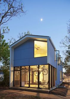 In Raleigh, this house is affordable, small, modern and urban. Chasen Residence by In Situ Studio | Tiny Homes