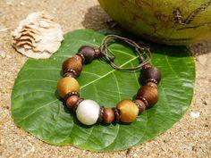 Endah Fresh White - ručne vyrobený náhrdelník Beaded Bracelets, Jewellery, Fresh, Jewels, Pearl Bracelets, Schmuck, Jewelry Shop, Jewlery, Seed Bead Bracelets