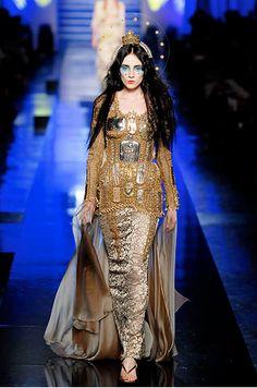 Catholic Religion in Fashion � The Virgin Mary!