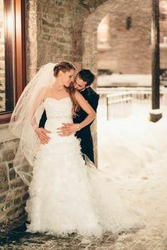 36 Winter Wedding Photography Ideas - Pelfind