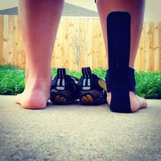 KT Tape for achilles tendonitis Workouts For Teens, Running Workouts, Achilles Pain, Tapas, Kinesiology Taping, Tight Hip Flexors, Psoas Muscle, Tight Hips, Running Inspiration