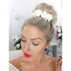 Makeup Tutorial Star Shaaanxo Wearing J'adoreLexieCouture's White Flower Crown Bun Crown Antique White by JadoreLexieCouture,  Get yours for $13.00 ;)