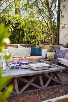 Kissenparadies auf der Terrasse